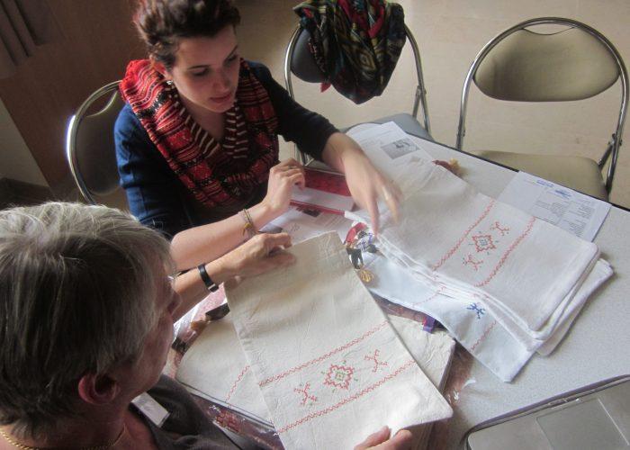 Les bénévoles de BackUp Rural élaborent les produits tests